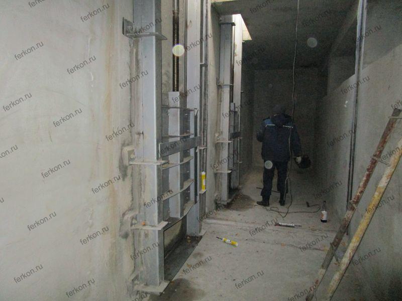 очистные сооружения, глубинные затворы клиновые 1200х1200, крепление к стене